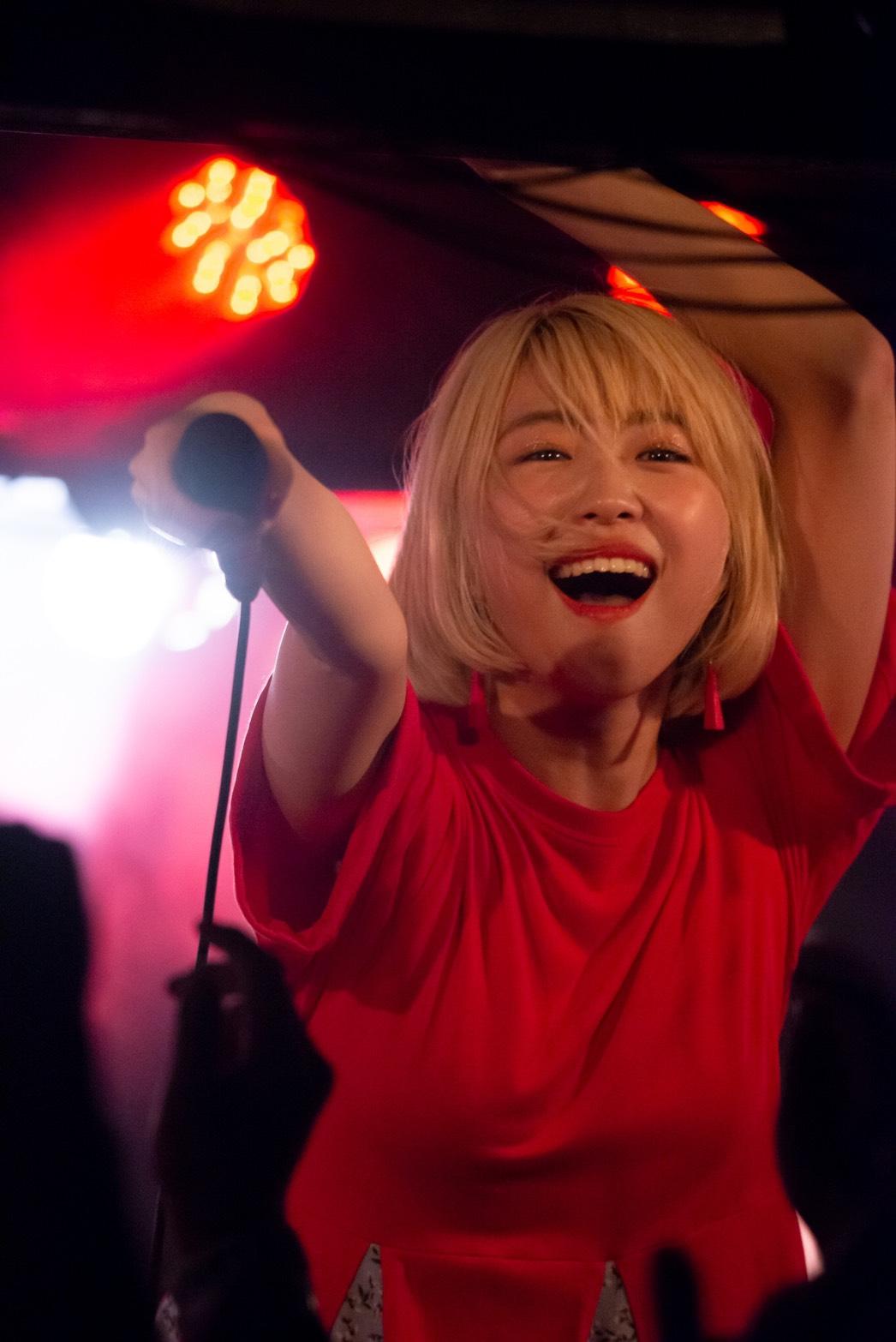大矢梨華子(おおや・りかこ/22) 初の自主企画マンスリーライブ「チカマツからはじめまして大矢梨華子です!」Vol.1(2019年7月24日(水)、下北沢のライブハウスの近松にて)