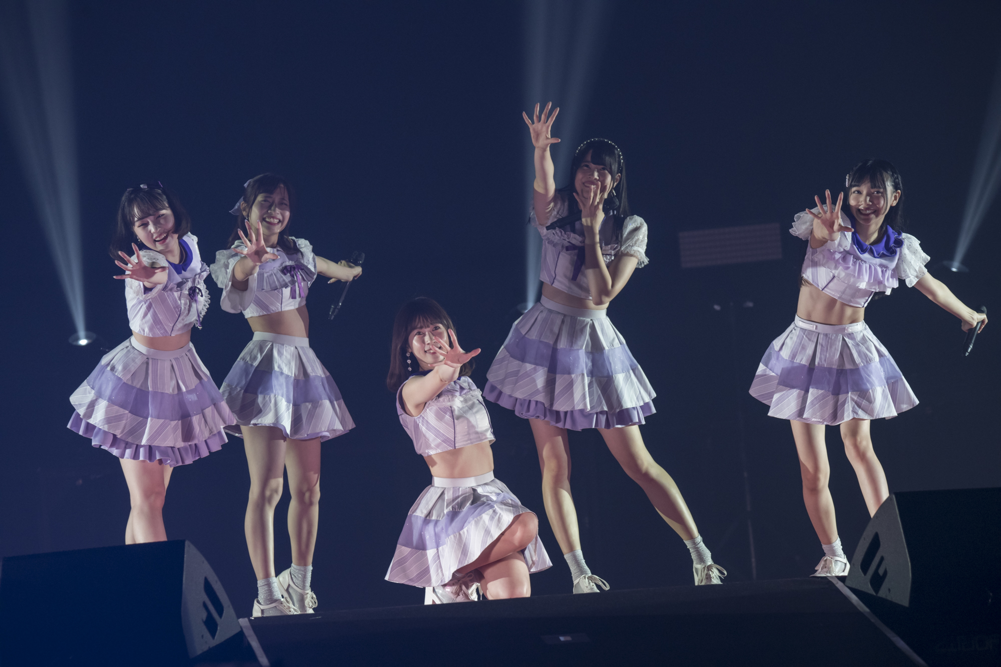 Ange☆Reve(左から 原姫子・佐々木璃花・権田夏海・水野結愛・吉橋亜理砂)