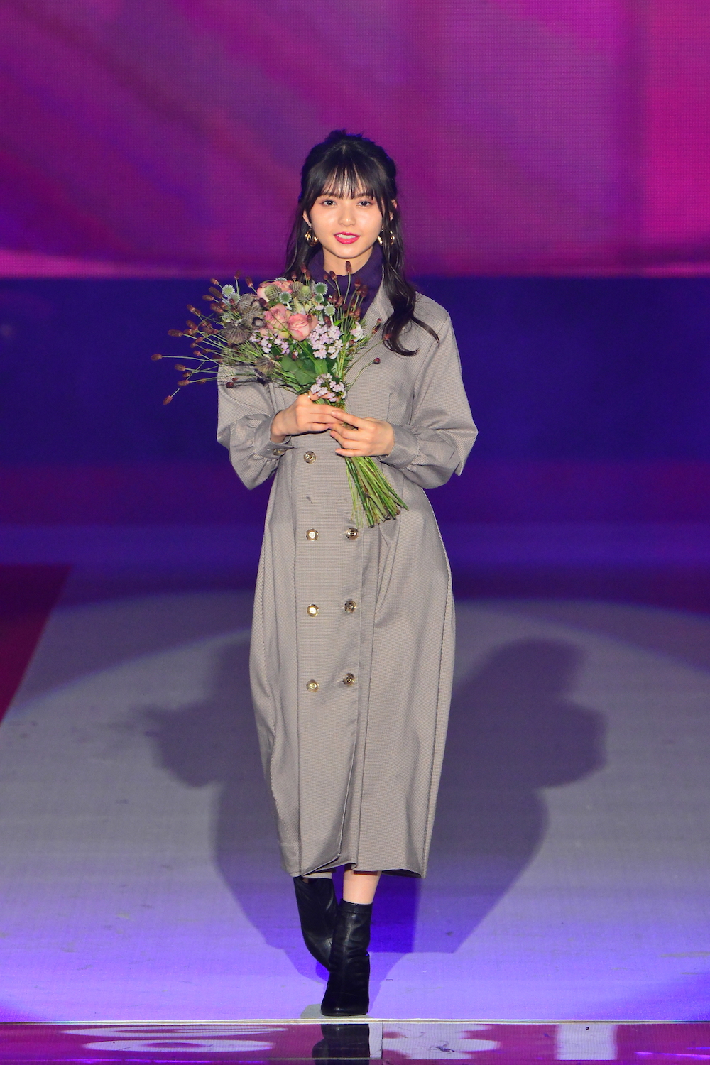 齋藤飛鳥 乃木坂46(GirlsAward 2019 AUTUMN/WINTER)