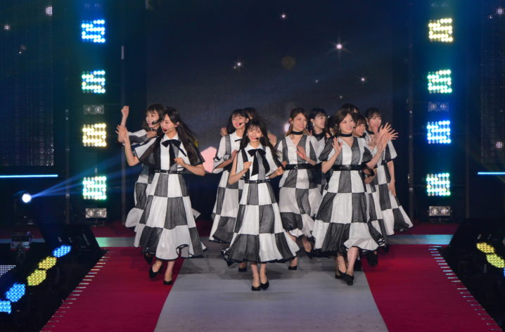 乃木坂46/2019年9月28日、GirlsAward2019AWステージにて(C)Rakuten GirlsAward 2019 AUTUMN/WINTER