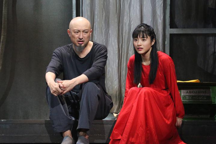 山内圭哉、石原さとみ 舞台『アジアの女』最終舞台稽古/提供:ホリプロ