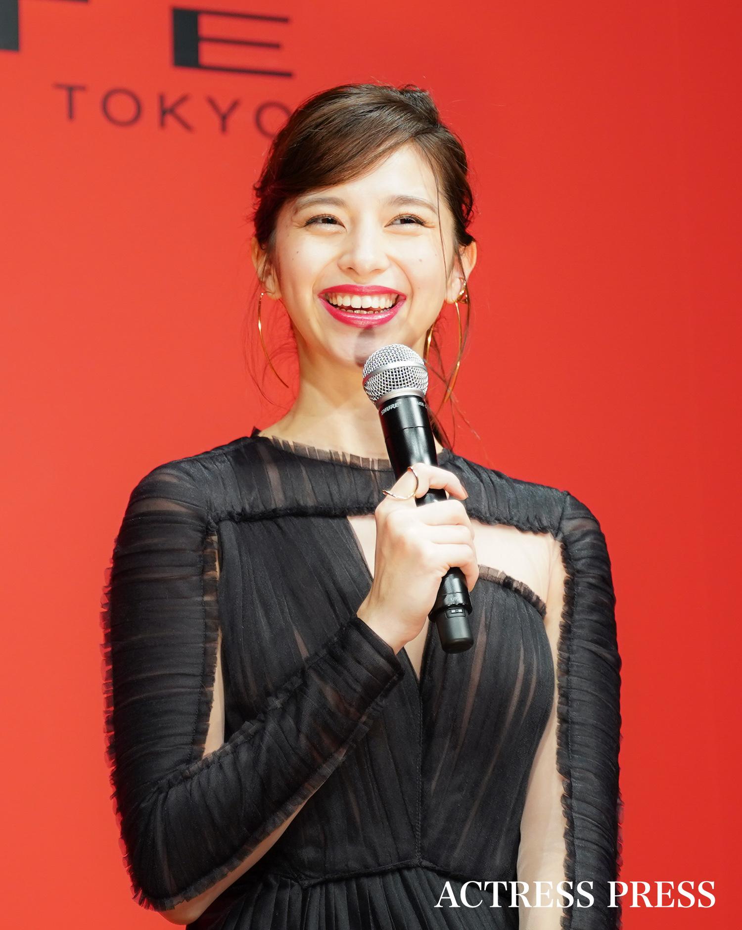 中条あやみ/2019年12月20日、東京都内・表参道ヒルズにて開催された、「真実の唇。」展オ-プニングレセプションにて/撮影:ACTRESS PRESS編集部