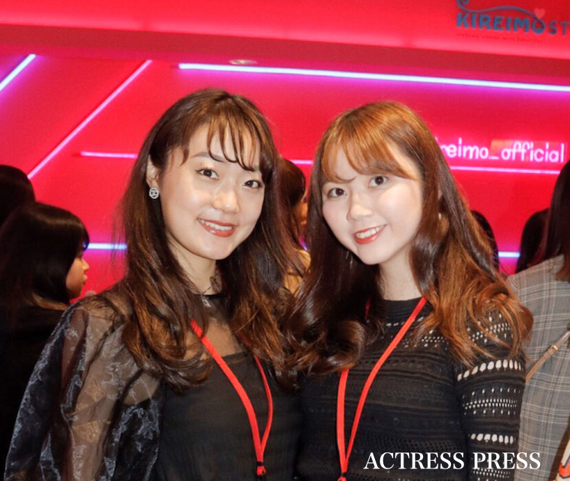 左より:宮庄恵都、齊藤真理/2019年12月23日 ACTRESS PRESS編集部