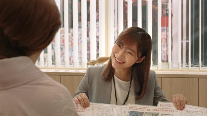 """指原莉乃、IKKO演じる""""珍客!?""""のお部屋探しをお手伝い!ハウスメイト新CM"""
