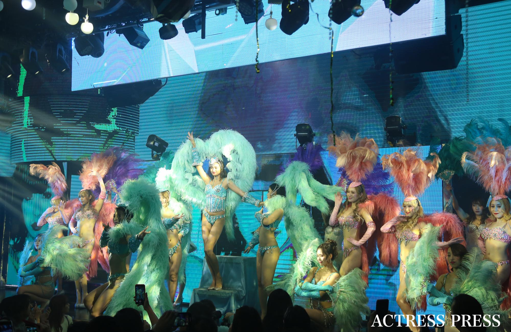 香川沙耶/2019年12月7日、東京・六本木のバーレスク東京にて開催の「香川沙耶バーレスクショー」にて。撮影:ACTRESS PRESS編集部