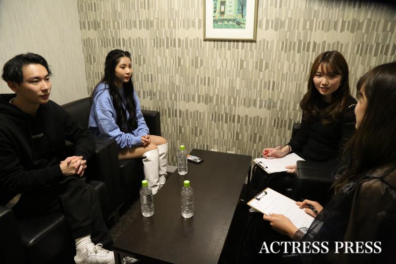 よしあき&ミチ・インタビュー/ACTRESS PRESS編集部