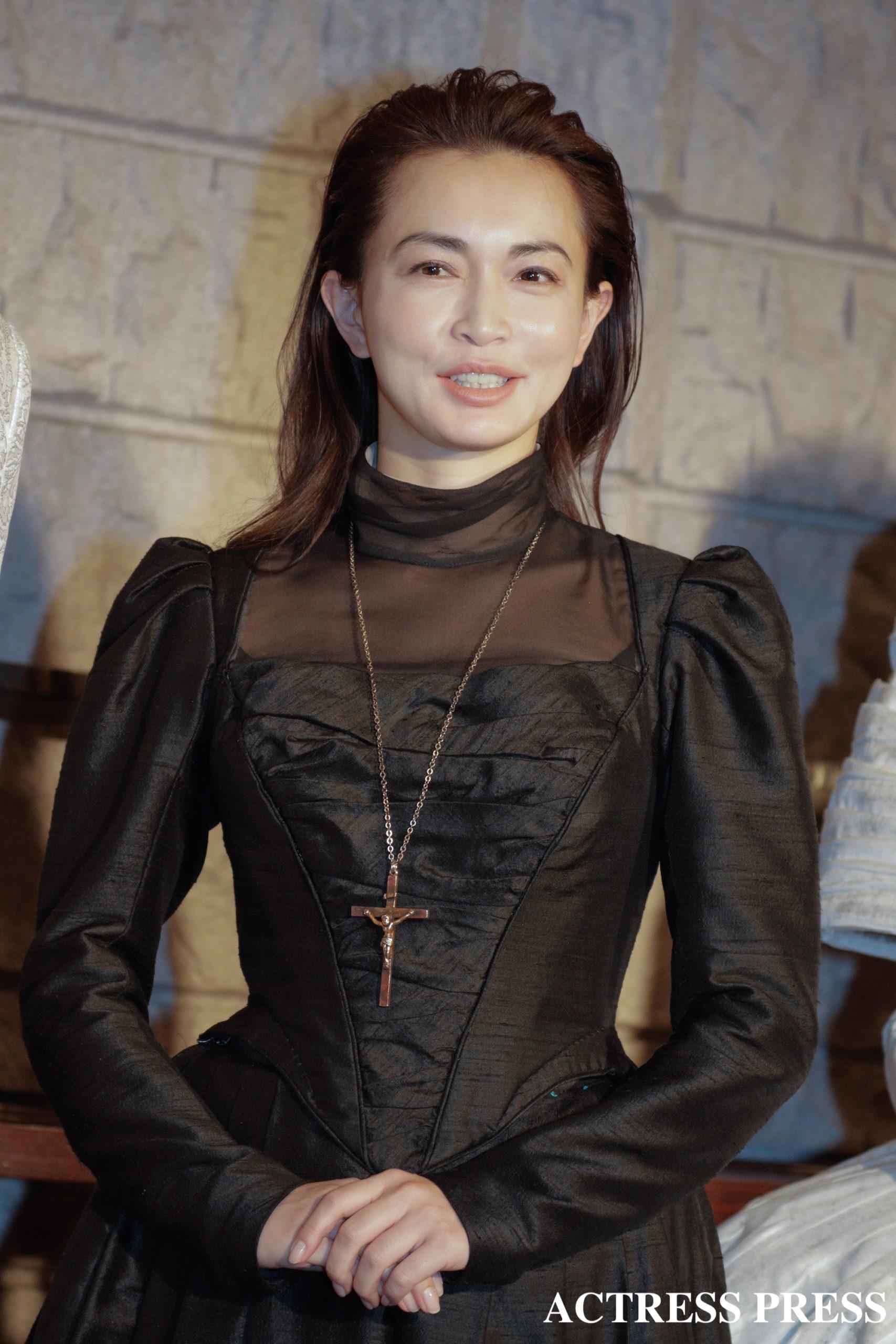 長谷川京子/舞台『メアリ・スチュアート』取材にて/撮影:ACTRESS PRESS編集部