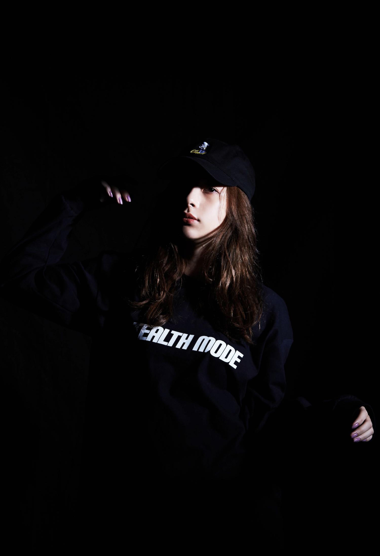 テラスハウス出演人気モデル Nikiが新ブランド「Stealth Mode」のイメージモデルに
