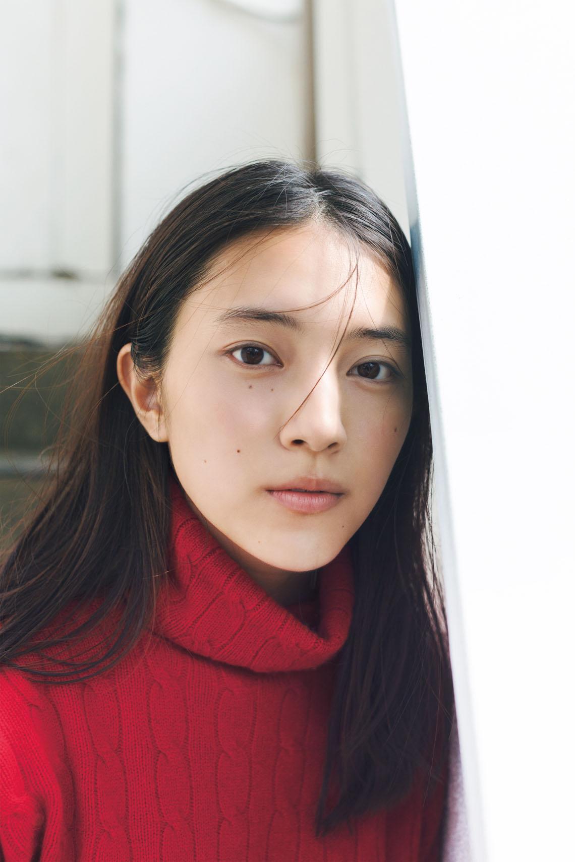 久保田紗友、1st写真集