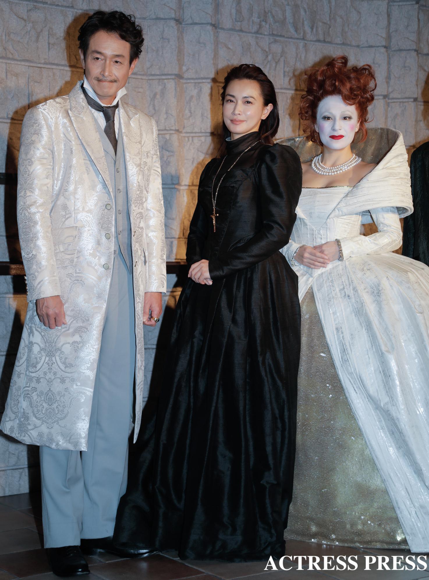 左から:吉田栄作、長谷川京子、シルビア・グラブ/舞台『メアリ・スチュアート』取材にて/撮影:ACTRESS PRESS編集部