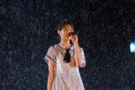 乃木坂46、雨に打たれながら全39曲を熱唱!!【明治神宮野球場2日目・ライブレポート】