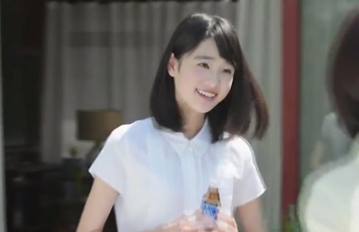高橋ひかる、『チオビタ』新CM ...