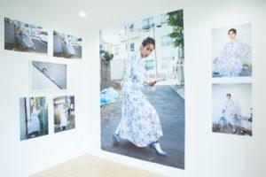 女優・のんがモデルを務めるアパート写真展「東中野」