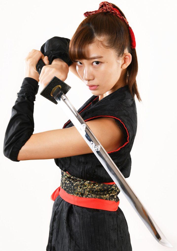 小倉優香、映画初主演で「くノ一(くのいち)」に!園子温 原案・映画『レッド・ブレイド』