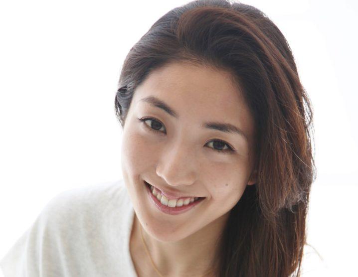 女優・文音、主演最新映画『いけいけ!バカオンナ』