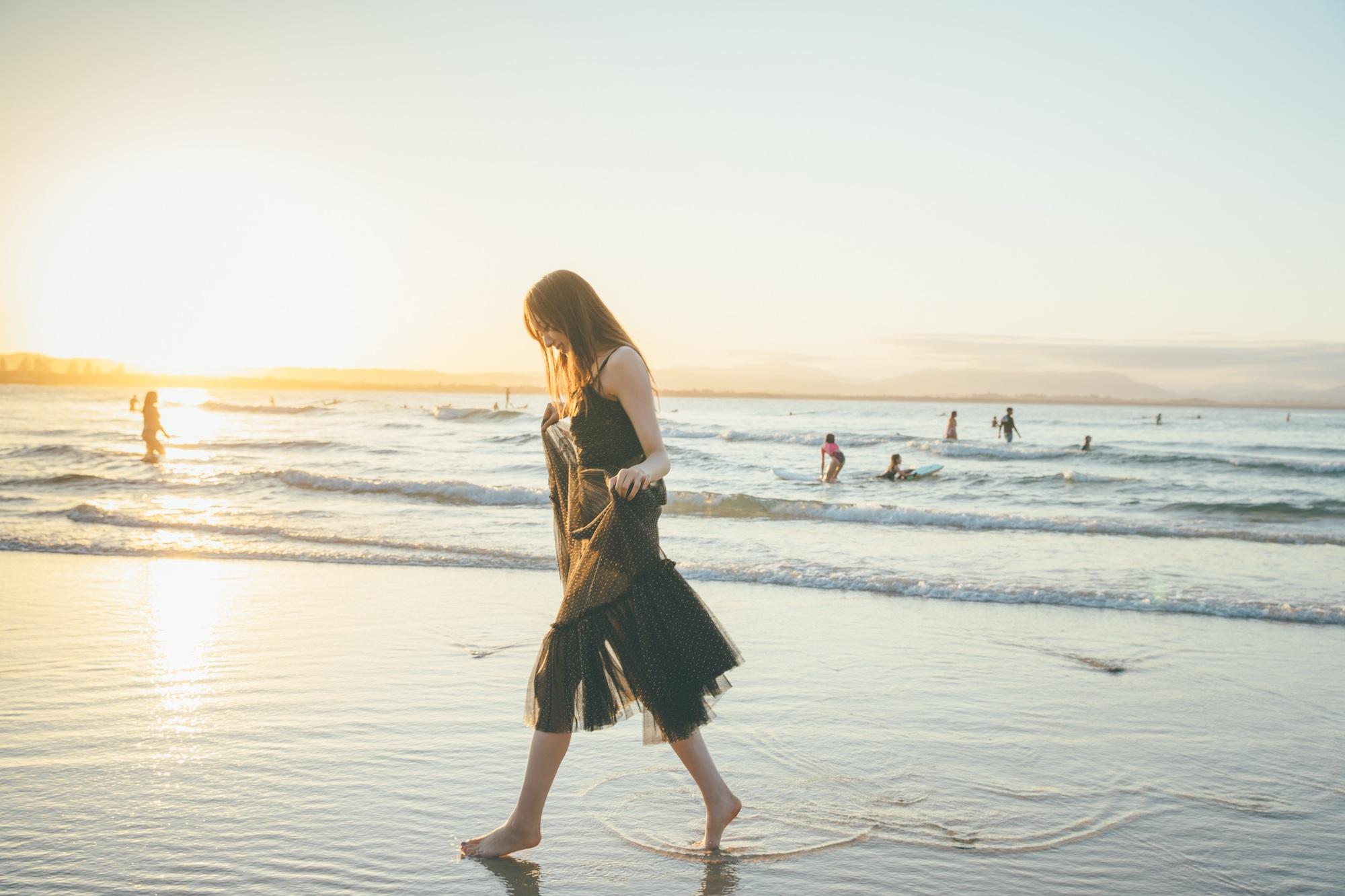 乃木坂46梅澤美波写真集『夢の近く』表4写真(セブンネットショッピング限定カバー版)