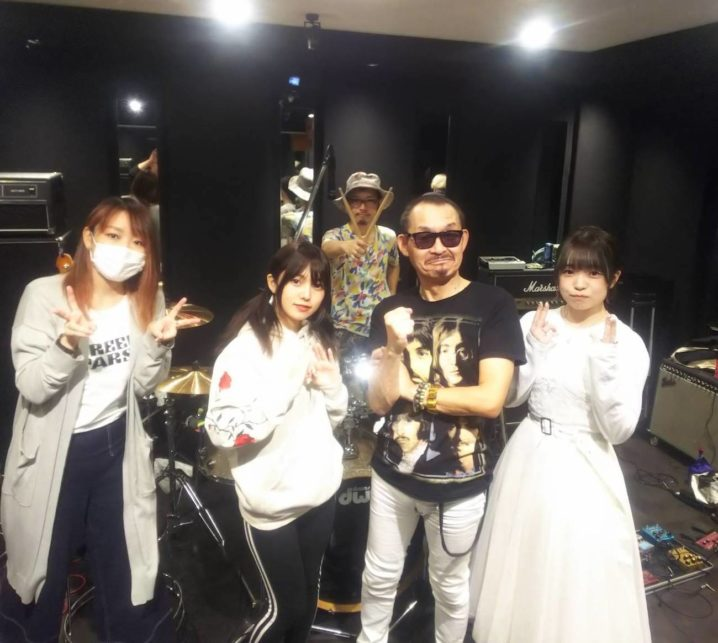 高橋まこと(元BOØWY)とCHERRY GIRLS PROJECT