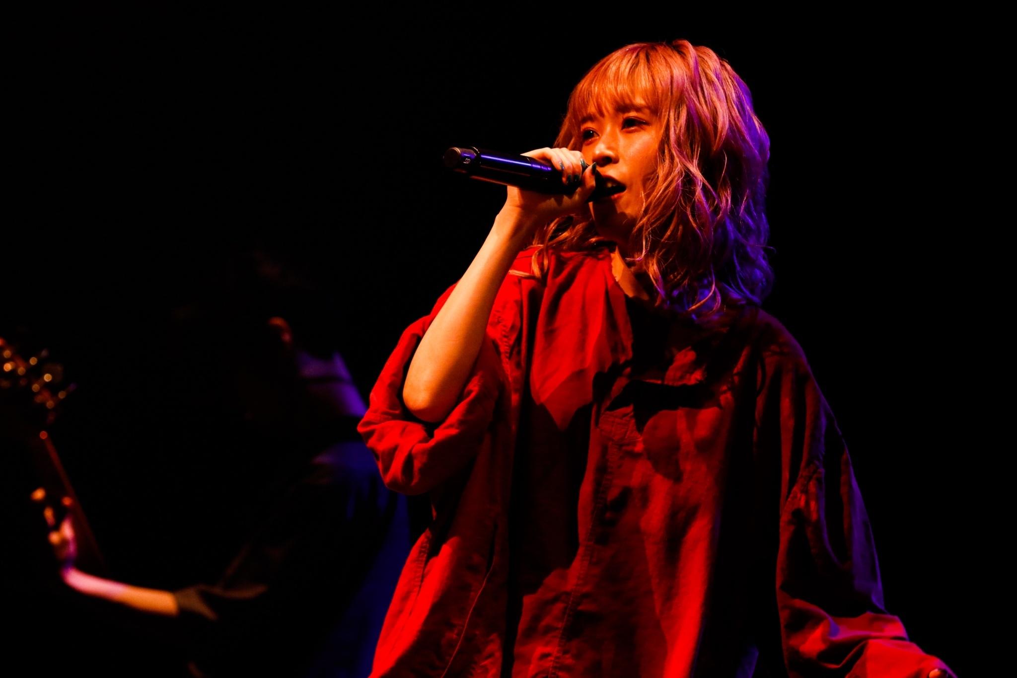 藤川千愛/渋谷TSUTAYA O-EASTでデビュー2周年を記念したワンマンライブ(2020年11月23日)PHOTO:石原汰一
