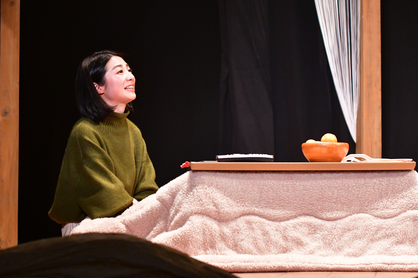 秋元康氏プロデュースの「劇団4ドル50セント」のコラボ公演第4弾となる舞台「劇団4ドル50セントとろりえの年末」
