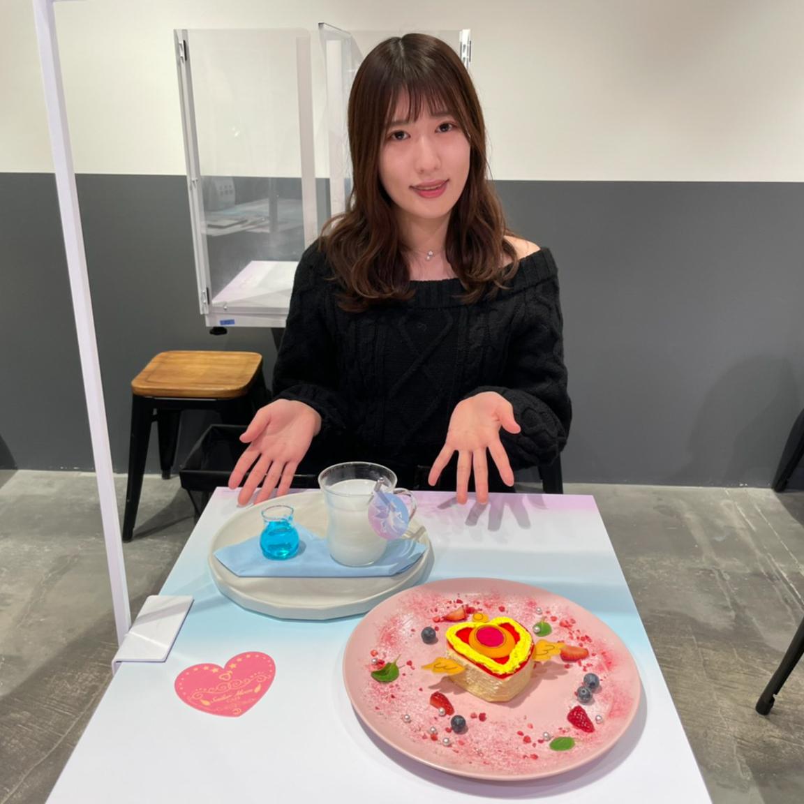 山本菜摘(立教大学)in 美少女戦士セーラームーンEternalコラボカフェ(2021年1月)