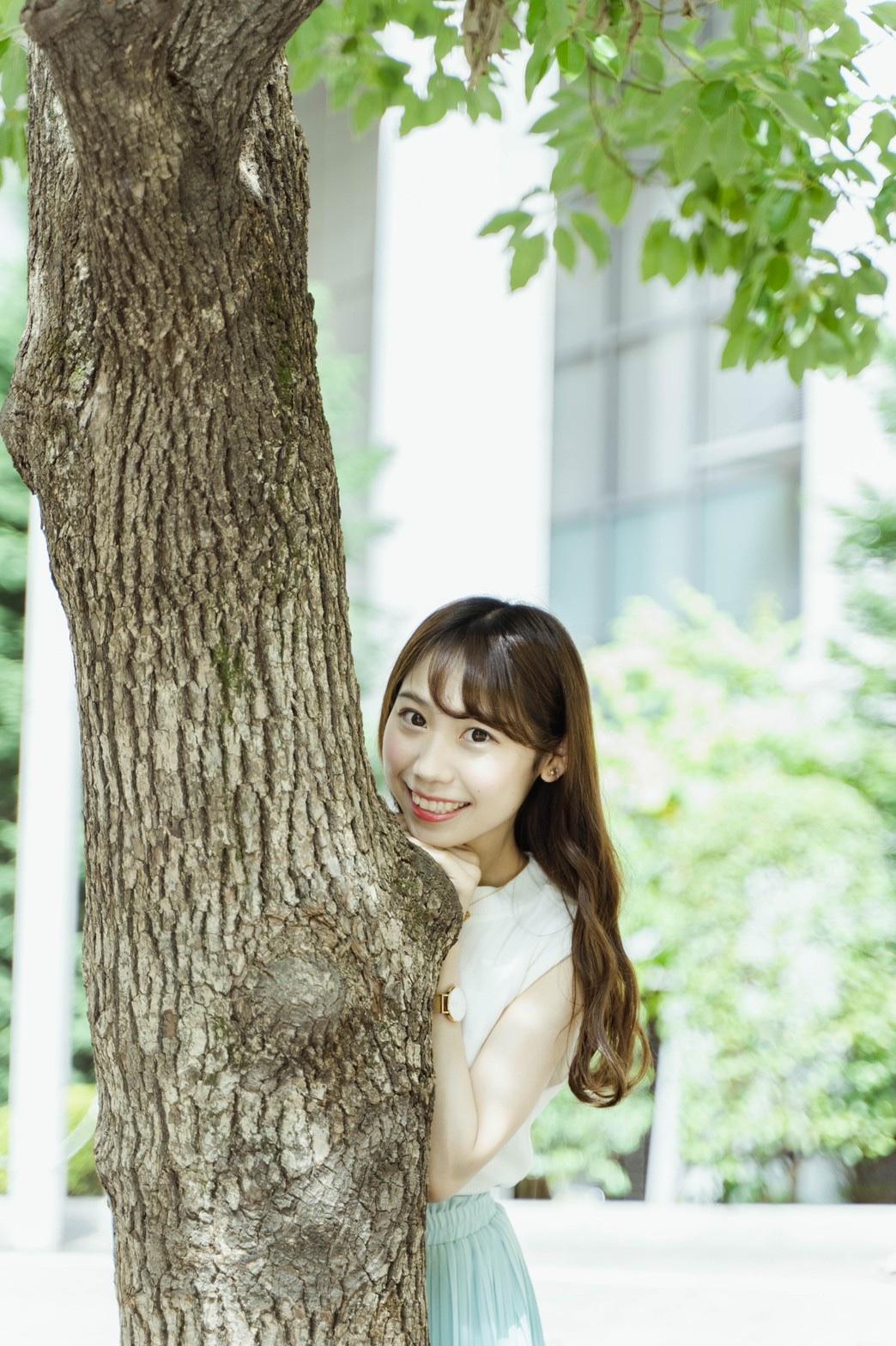 知花瞳「横浜美少女図鑑」
