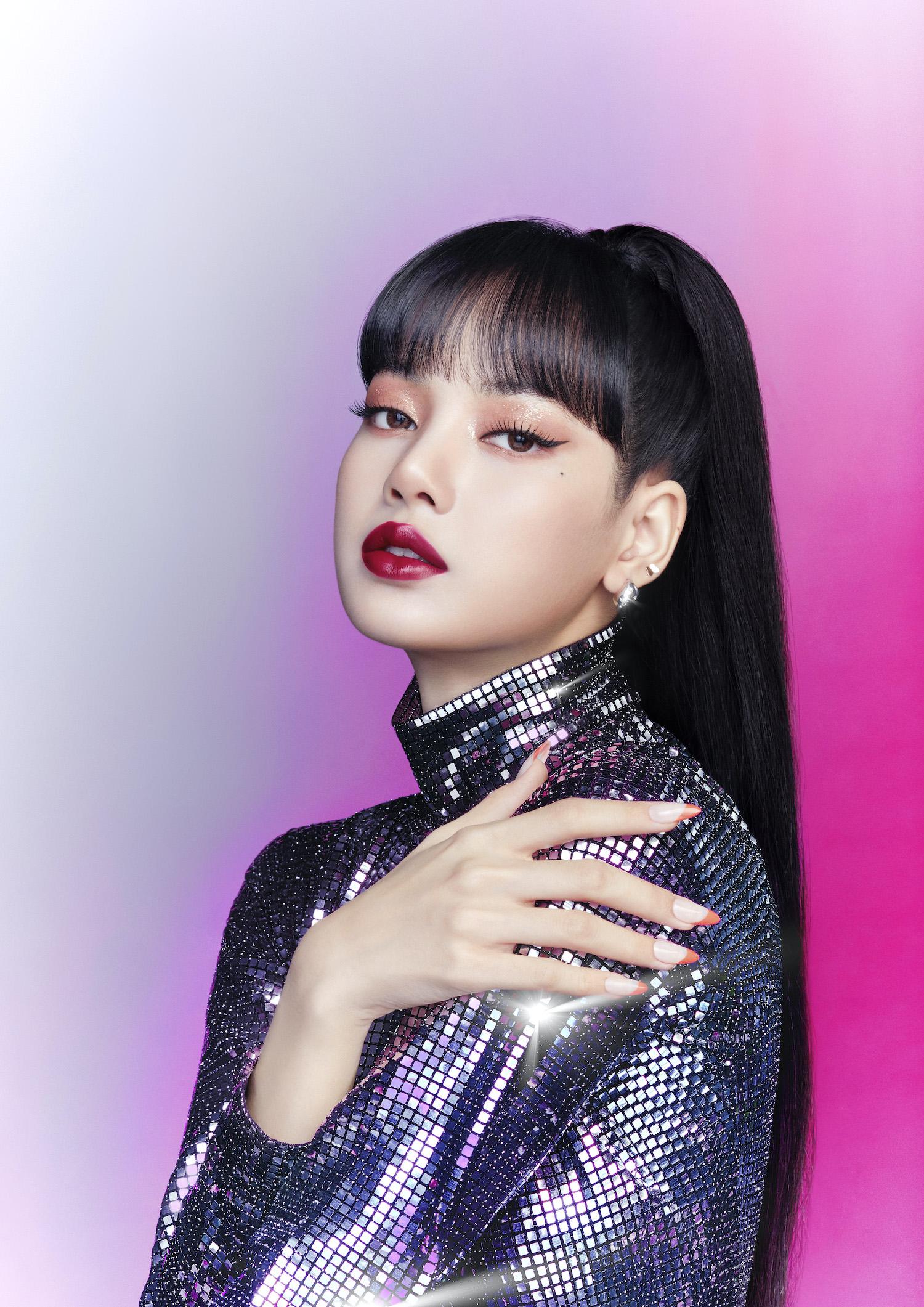BLACKPINK リサ、M・A・Cの新作リキッドリップ「ラブ ミー リキッド リップカラー」ビジュアル