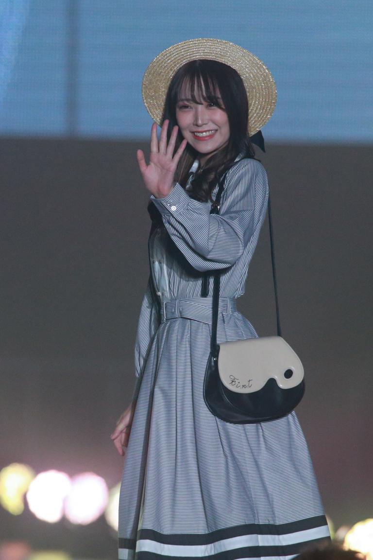 白間美瑠(NMB48)ステージ F i.n.t