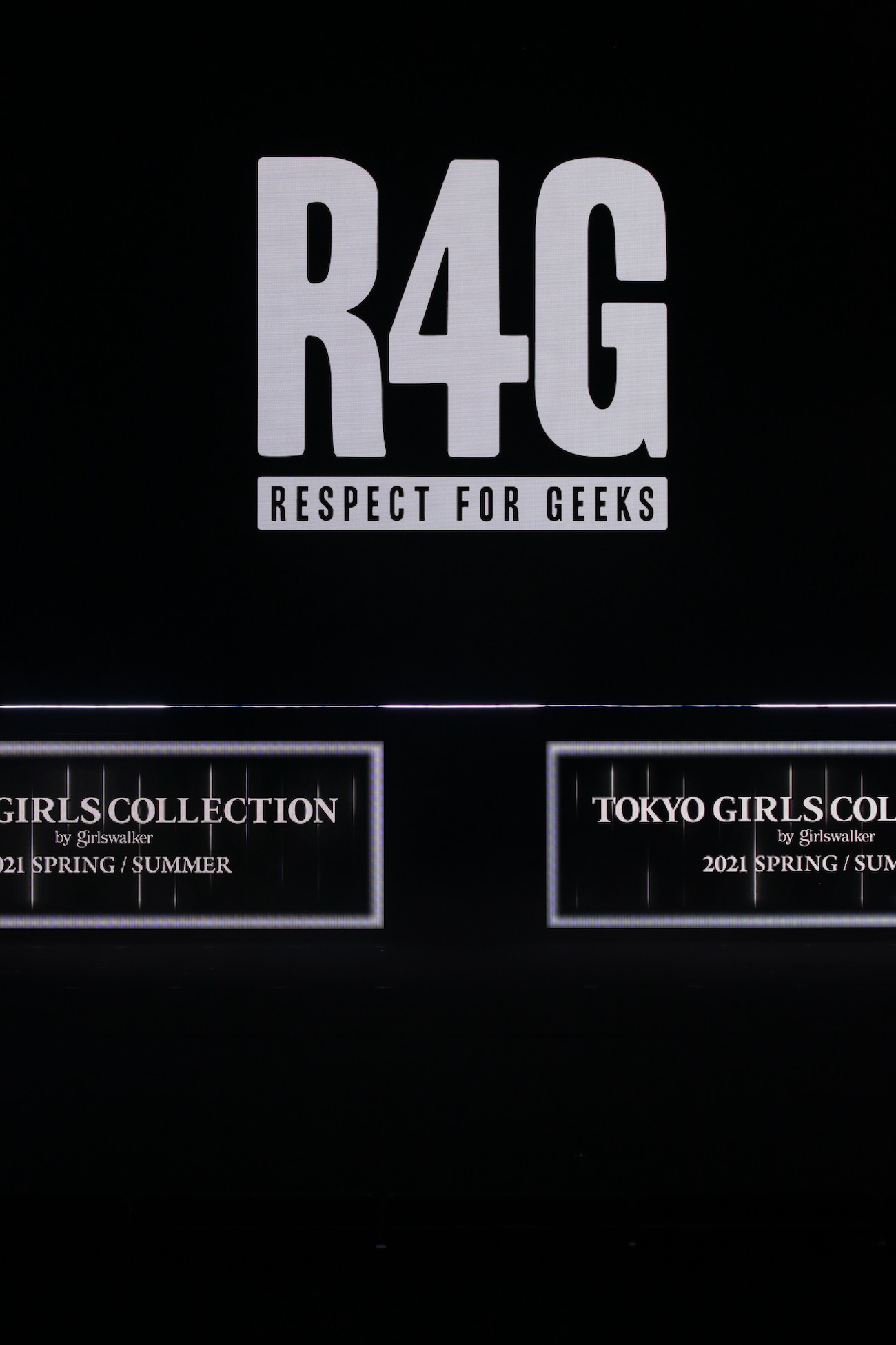 「R4G=Respect For Geeks」