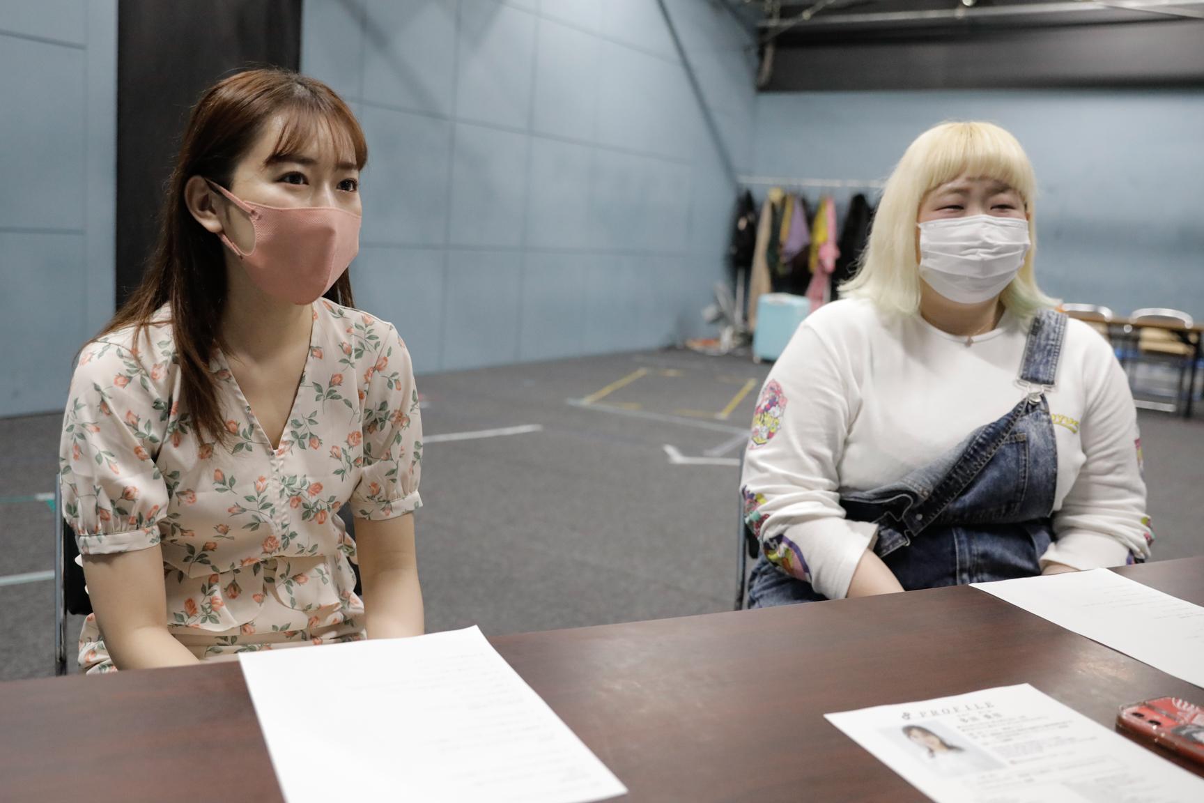 多田愛佳 & 飯塚理恵/劇団TEAM-ODAC第36回本公演『ダルマ(2021)』