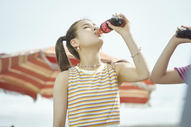 NiziU、「コカ・コーラ サマーキャンペーン」CM