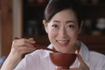 """片岡京子、 """"日本のお母さん""""を表現!永谷園・新CM、3月31日(金)よりオンエア!"""