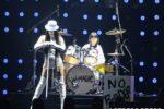 9才の少⼥ドラマー・よよか、TGCでドラム 披露!藤田ニコルらが、よよかのドラムをバックにランウェイ歩く!